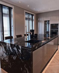 Luxury Kitchen Design, Kitchen Room Design, Contemporary Kitchen Design, Dream Home Design, Luxury Kitchens, Home Decor Kitchen, Interior Design Kitchen, House Design, Cuisines Design