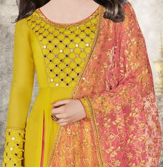 Latest Mirror Work Dresses In Pakistan, Mirror Work Lehengas, neck designs, gujarati suits, skirt and best lehnga embroidery styles are here. Kurta Designs Women, Salwar Designs, Blouse Designs, Dress Designs, Indian Designer Outfits, Designer Dresses, Designer Wear, Mirror Work Kurti Design, Stylish Dresses