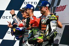 Ducati's 04 🇮🇹 Andrea Dovizioso, Honda's 93 🇪🇸 Marc Márquez & LCR's 35 🇬🇧 Cal Crutchlow Cal Crutchlow, Marc Marquez, Old West, Motogp, Ducati, Honda, Baseball Cards, Sports, Hs Sports