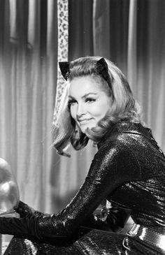 Julie Newmar ✾ as Catwoman Julie Newmar, Catwoman Cosplay, Batman 1966, Batman Robin, Classic Tv, Classic Beauty, James Gordon, Nananana Batman, Batman Tv Series