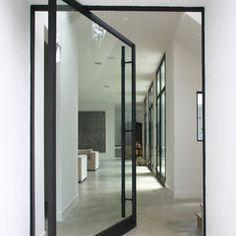 Pivot door - FRONT DOOR