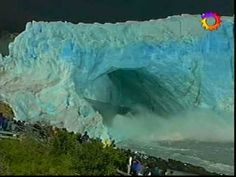 An old but unbelievable video of a glacier falling apart...