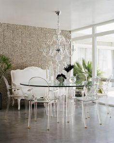 """Philippe Starck """"Louis Ghost"""" chairs and a Lucite table in a Palm Springs interior designed by Michael Moloney and photographed by Joe Schmelzer for Elle Decor Decor, Lucite Chairs, Elle Decor, House Design, Louis Ghost Chair, Lucite Furniture, Ghost Chairs, Dining Room Contemporary, Home Decor"""