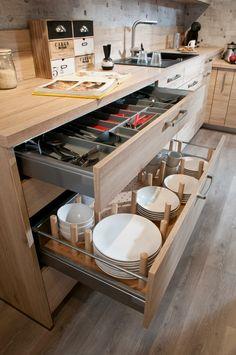 3 Simple Improvement Ideas For Your Kitchen Space – Home Dcorz Kitchen Room Design, Kitchen Cabinet Design, Kitchen Sets, Modern Kitchen Design, Home Decor Kitchen, Interior Design Kitchen, Kitchen Furniture, Home Kitchens, New Kitchen Cabinets