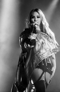 Image about kpop in Lee Chaerin / CL ♥ by Haneul Discovered by HELLO BI+CHES. Find images and videos about kpop, Queen and on We Heart It - the app to get lost in what you love. Cl 2ne1, The Band, Christina Aguilera, Aaliyah, Kpop Girl Groups, Kpop Girls, K Pop, Cl Rapper, Rihanna