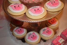 Piper's Pink Piggie Princess Party | CatchMyParty.com
