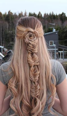 22 Cute Hairstyles For Short Hair and Medium Length Hair - Frisuren Ideen New Braided Hairstyles, Cute Hairstyles For Short Hair, Pretty Hairstyles, Curly Hair Styles, Updo Hairstyle, Braided Updo, Wedding Hairstyles, Différents Styles, Micro Braids