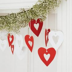 Christmas Home Decoration with Red and White Theme Homemade Xmas Decorations, Heart Decorations, Valentines Day Decorations, Christmas Decorations To Make, Wedding Decorations, Christmas Makes, Christmas Home, Christmas Holidays, Christmas Crafts