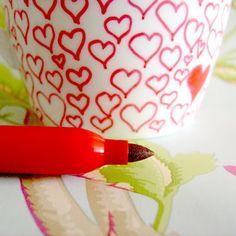 Katy Clouds: Sharpie Mug Tutorial Sharpie Markers, Sharpie Art, Sharpies, Diy And Crafts, Crafts For Kids, Arts And Crafts, Merry Christmas, Christmas Gifts, Holiday