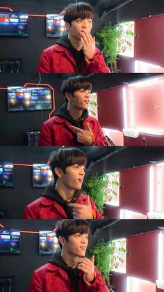 Kim Woojin Stray Kids, Innocent Person, Kim Woo Jin, Kids On The Block, Lee Know, Kpop Boy, K Idols, Mixtape, Pop Group