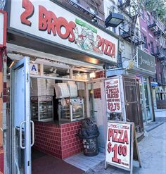 Best Pizza In Nyc, New York Pizza, Good Pizza, Pizzeria, Pizza Restaurant, Shack Burger, Pizza Store, Pizza Branding, Nyc Fall