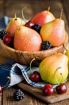 New fruit photography banana veggies 53 Ideas – Fruit New Fruit, Fruit And Veg, Summer Fruit, Fruits And Vegetables, Fresh Fruit, Food Fresh, Fruit Salsa, Fruit Kabobs, Fruit Smoothies