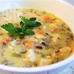Foto de la receta: Sopa de pollo con arroz salvaje y crema