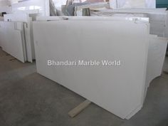 Sivec White first quality marble - We are manufacturer, exporters and suppliers in India. you can contact us. Riico Industrial Area, Hanuman Garh Kishangarh Mega Highway, Makrana Choraha, Kishangarh, Rajasthan . Mobile - 9829040013 9784593721, Visit at www.kishangarhmarblegranite.com