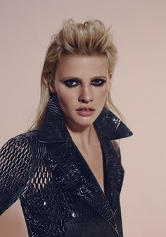 Top model Lara Stone shows no signs of slowing down with a new editorial in the September 2015 issue of L'Express Styles. Photographed by Richard Bush of 2b Management, the Dutch beauty poses in a mix of shimmering sequins and luxe fur styled by Mika Mizutani. Giving Lara a rock and roll edge, hair stylist …