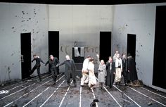 berliner ensemble Richard ii photo by bladsurb