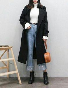 Really like Korean street fashion. like Korean street fashion. Korean Fashion Winter, Korean Fashion Trends, Korea Fashion, Asian Fashion, Look Fashion, Trendy Fashion, Fashion Design, Classy Fashion, Fashion Ideas