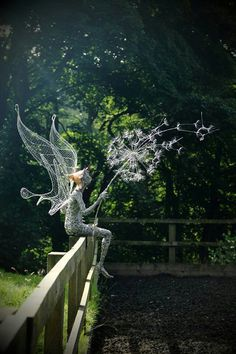 "asylum-art: "" Fantasy Wire Fairy Sculptures by Robin Wight "" Wire Art, Fantasy, Wire Sculpture, Sculptures, Fantasy Wire, Art, Robin Wight, Fairy Art, Garden Art"