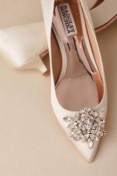 039696aa1bb 16 Desirable Badgley Mischka Wedding Shoes images in 2019
