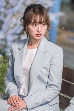 Kim Ji Won Fight for My Way – Typical Miracle Korean Actresses, Korean Actors, Actors & Actresses, Korean Dramas, Korean Star, Korean Girl, Korean Beauty, Asian Beauty, W Two Worlds