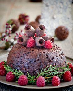 Gluten Free Christmas Pudding - grain-free, dairy-free, refined sugar-free **grape juice sweetened!