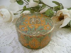 Beautiful Vintage Coty Air Spun Emeraude Powder Box From The 1930's by MossyCottage on Etsy