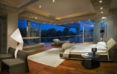 A Johannesburg Crown Jewel of Luxury: Glass House by Nico van der Meulen