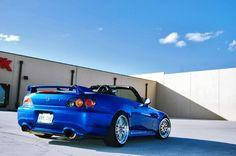 Honda s2000 blue