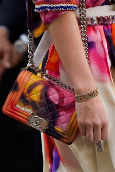 Chanel Spring Summer 2015 (Details) Beautiful Bags, Coco Chanel, Chanel Boy 6a6ce17c01