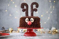 Rentier Rudolf Torte / Rudolph the Reindeer / Sallys Welt Video Rezept New Year's Cake, Christmas Deserts, Vanilla Sugar, Powdered Sugar, Healthy Eating Tips, Healthy Nutrition, Vegetable Drinks, Special Recipes, Princesas Disney