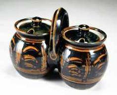 Selfridge Canadian Ceramic Art Collection - Sam Uhlick.