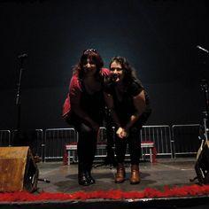 Cardiaca y Plástica (Esther Ferrandez y Vicky Tafalla) en los ensayos de la Nochevieja #teatrodelasesquinas #teatro