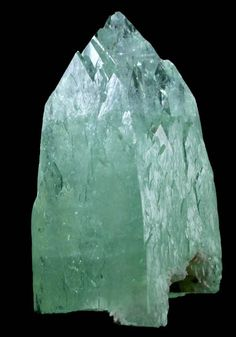 Mineral Specimens: Apophyllite-(KF) from Mumbai (Bombay) District, Maharashtra, India