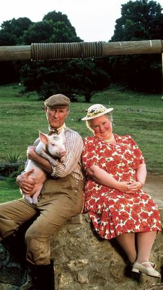 The film that made James Cromwell a perfect secret bad guy (see L. Really Good Movies, Great Movies, Awesome Movies, Piglet, Pig Images, Sheep Pig, Babe, Cartoon Shows, Little Pigs