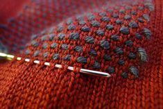 Crochet net effect 아 Darn Elbow Kitzyl Couture embroidery . Crochet Net Effect 아 Darn Elbow Kitzyl Couture Embroidery … Knitting Stitches, Knitting Needles, Embroidery Stitches, Knitting Patterns, Sewing Patterns, Crochet Patterns, Couture Embroidery, Knitting Ideas, Knitting Projects