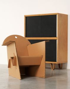 Olivier Leblois Kiosk chair or cardboard chair | 20th century Modern online gallery. Featuring a large and varied selection of quality vintage pieces | Shipping worldwide | http://www.furniture-love.com/browse.php