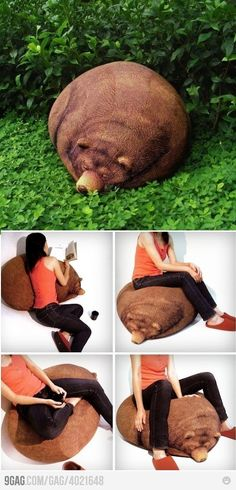 Check out these 25 outrageous bean bag chairs. Not only are they comfortable, but they also boast of fun and unique bean bag designs. Bizarre News, Weird Pictures, Diy Chair, Interior Design Kitchen, Interior Ideas, Bean Bag Chair, Best Gifts, Sweet Home, Beans
