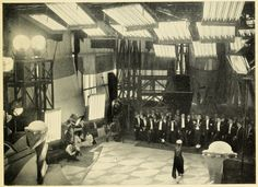 Behind the scenes, Metropolis (Fritz Lang, Metropolis Fritz Lang, Metropolis 1927, Fritz Lang Film, Dystopian Society, The Best Films, Chef D Oeuvre, Drama Film, Sci Fi Movies, Silent Film
