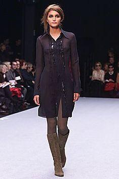 Alberta Ferretti Fall 2001 Ready-to-Wear Fashion Show - Alberta Ferretti