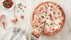 Christmas Sugar Cookie Pie: Christmas' signature cookie goes big time in this pie, made easy with Betty Crocker™ sugar cookie mix and whatever festive candies you have on hand. Cookie Pie, Cookie Desserts, Holiday Baking, Christmas Desserts, Holiday Treats, Christmas Treats, Christmas Baking, Holiday Recipes, Dessert Recipes