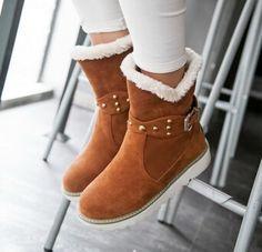 Mujeres nueva moda otoño invierno nieve botas de piel cálidos estilo preppy planas de los talones zapatos hebilla redonda grande más el tamaño 40 43 en Botas de la Mujer de Calzado en AliExpress.com   Alibaba Group
