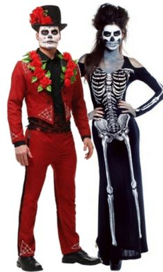 Scary Couple Halloween costumes. Skelton costume for women looks super scary! #fashion #halloween #scary #halloweencostumes