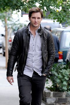 Peter Facinelli Photos: Peter Facinelli Walks Around NYC
