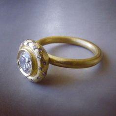 22k gold and diamonds by Gili Forshmit www.ornamento.co.il