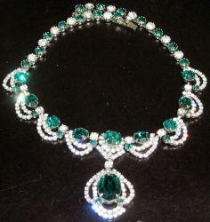 Kramer Emerald Green Sparkling Ice Rhinestone Vintage Necklace | eBay
