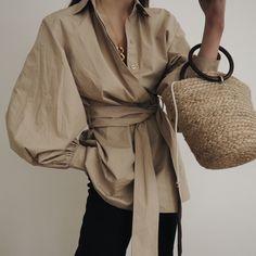 we love fashion Fashion Now, Slow Fashion, Hijab Fashion, Fashion Outfits, Womens Fashion, Fashion Trends, Mode Abaya, Mode Hijab, Cool Outfits