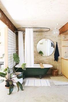 hearth studio apartment_green bath