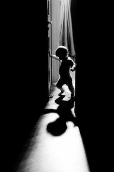 Into the Dark by Małgorzata Frohmberg, via 500px
