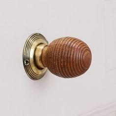 Antique Door Knobs, Door Handles & Period Door Furniture