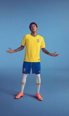 e3125a02a9 Nike lança uniformes e camisas da seleção brasileira para a Copa do Mundo  2018